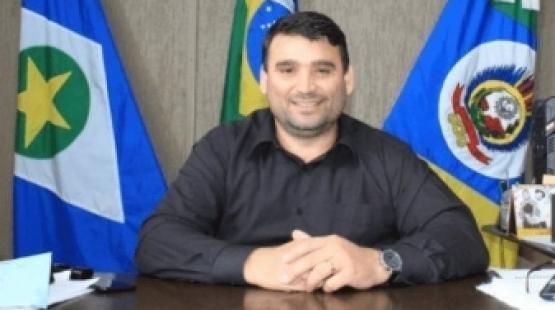 Prefeito de Comodoro e duas secretárias são afastados por suposta fraude em concurso