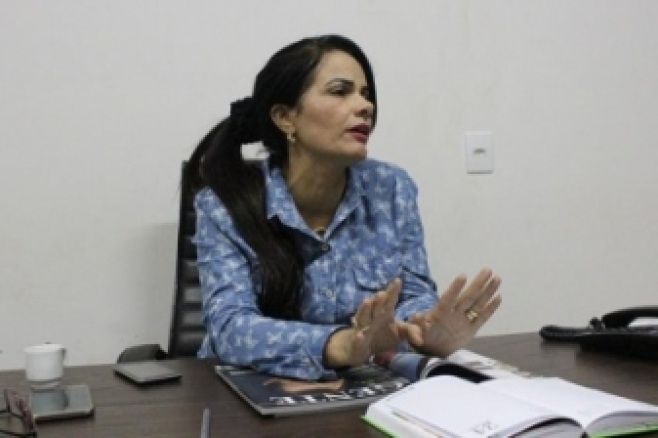 Prefeita Dalva e vereadores elogiam delegado de polícia