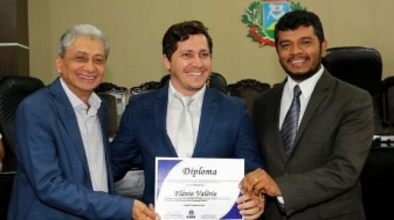 Congresso: Vereador Flávio Valério é o ganhador do vídeo publicitário oferecido por Marcus Valentim