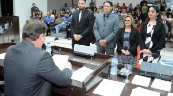 Empossada nova Mesa Diretora da Câmara de Sorriso para o próximo biênio